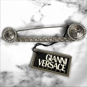 RARE 90'S VINTAGE GIANNI VERSACE MEDUSA SAFETY PIN